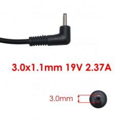 Cargador conector 3.0*1.1mm Salida 19V 2.37A