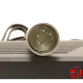 Cargador Conector 42V 4 pins macho
